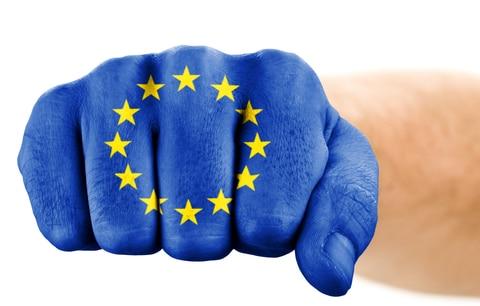 Gebruikt de Europese-Unie onwetenschappelijke methoden bij vitaminen?